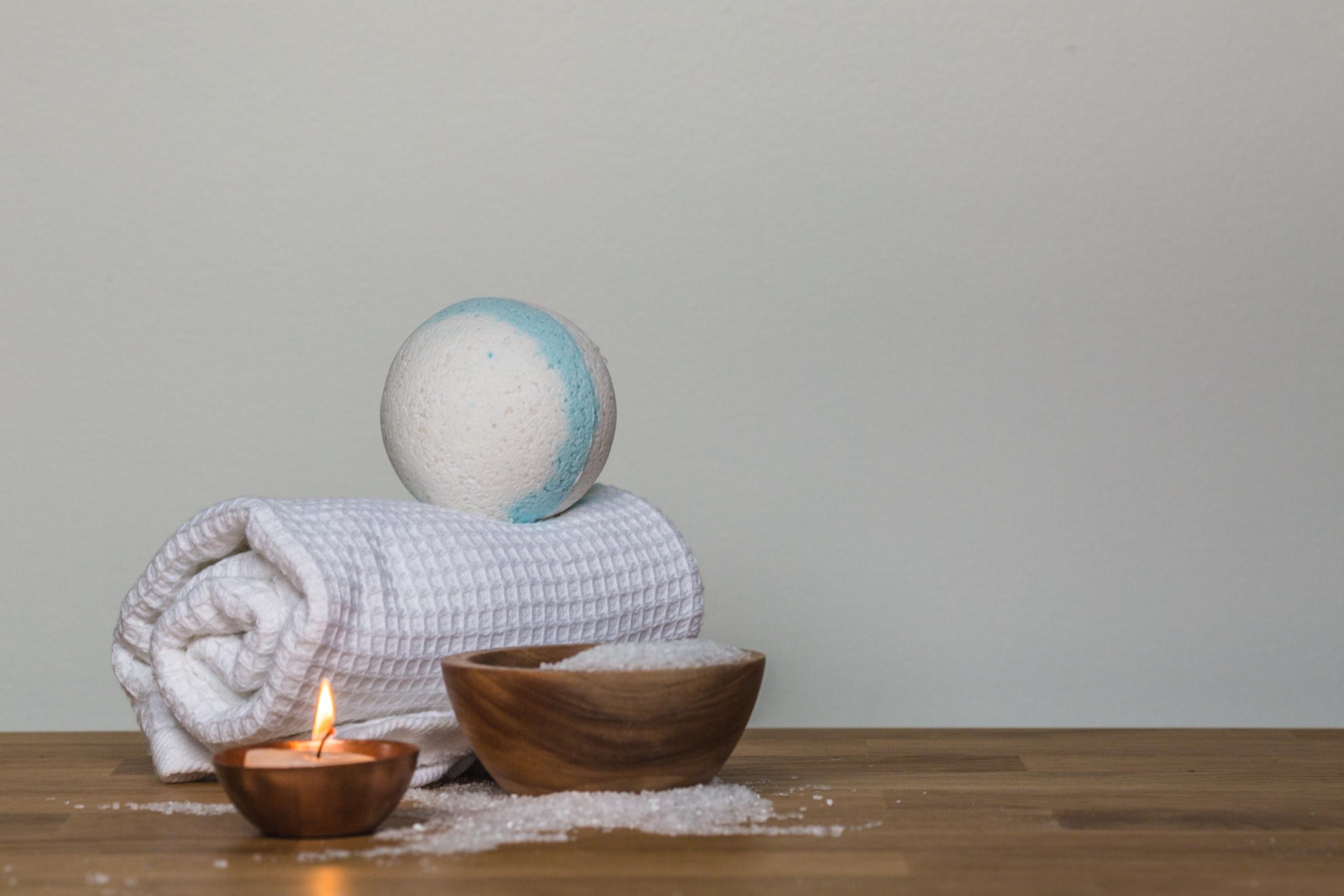 Relaksujące kosmetyki do domowego spa. Odpręż się w domowym zaciszu.